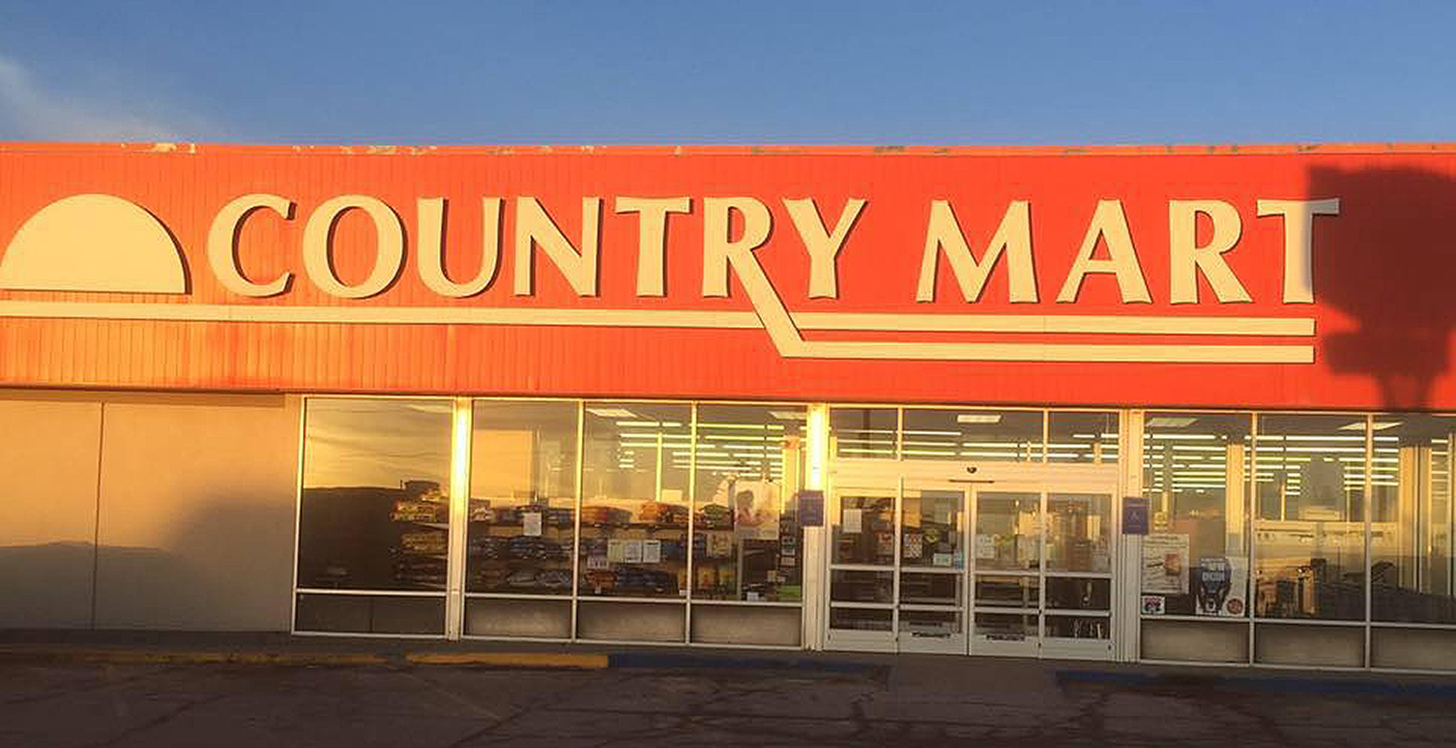 Exterior Store Front - Garretts Country Mart
