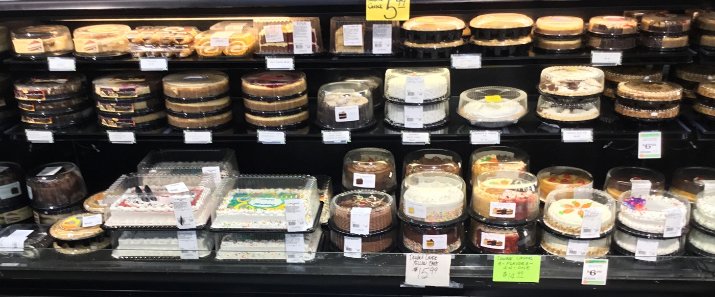 West's Plaza: Decorated pies and cakes.